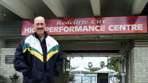 Legendary Queensland swimming coach Ken Wood dies