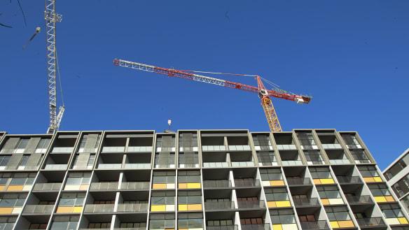 'Jumbo jet deals': Shadow banks pile into developer lending as big four retreat