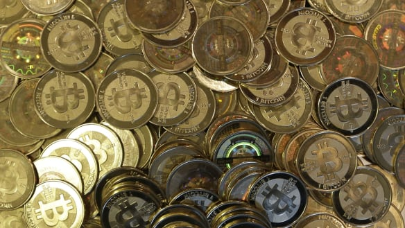 Bitcoin's collapse is raising suspicions about price manipulation
