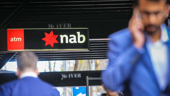 Former banker and friend accused of defrauding NAB of $800,000