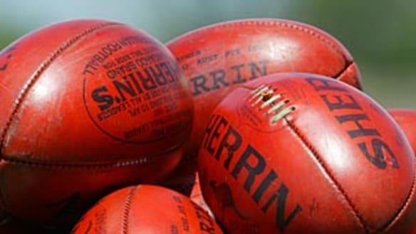 Under-15 girls footy match abandoned after spectators brawl