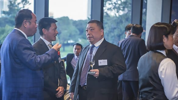 Huang Xiangmo (far left) and NSW MLC Ernest Wong at the 2014 unveiling of an Australian Guangdong Chamber of Commerce plaque at NSW Parliament.
