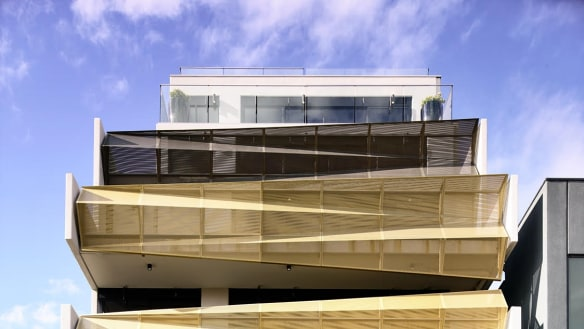 Concertina-like balustrades showcase creative Cremorne