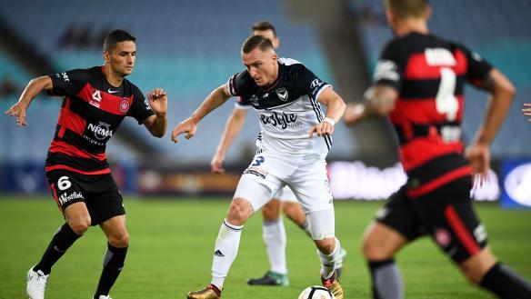 Western Sydney Wanderers goalkeeper Vedran Janjetovic frustrated with poor defending