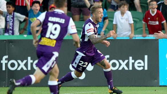 Don't blame Kenny Lowe, says Perth Glory's Adam Taggart ahead of Melbourne City clash