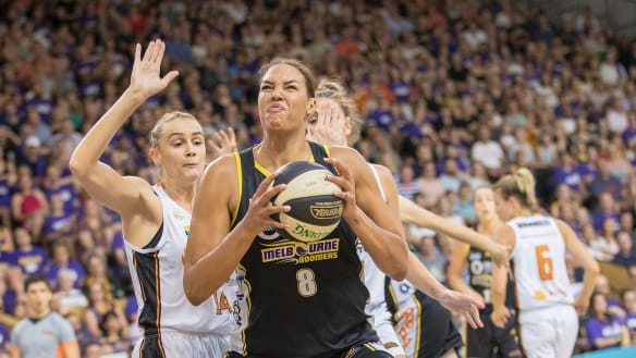 Melbourne Boomers, Liz Cambage claim comeback win to force game 3 decider for WNBL title