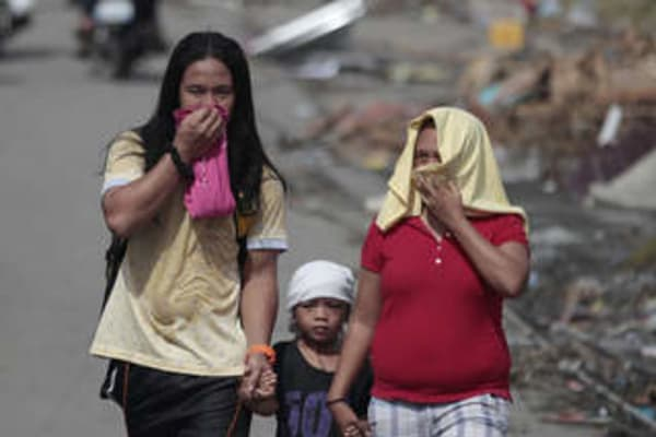 Super typhoon Haiyan: Philippines death toll fears mount ...