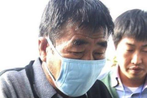 Video shows trouserless captain fleeing doomed Korean ferry
