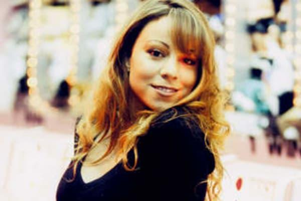 Mariah Carey: the passionate and elusive singer reveals her new album