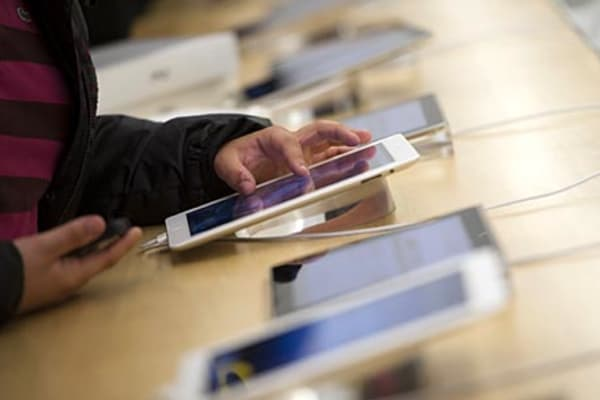 1.2 billion smartphones, tablets to sell in 2013: survey