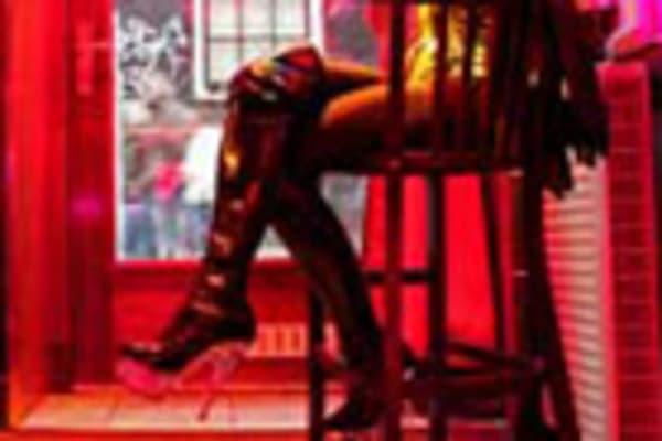 Online sex hook ups in Melbourne