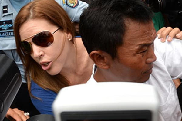 Schapelle Corby Gets Parole Authorities Not Told Mercedes Had Split From Husband