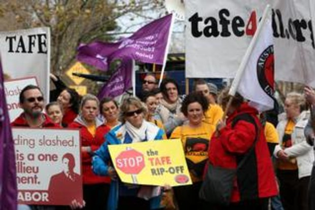 Angry protests as Baillieu defends TAFE cuts in times of uncertainty