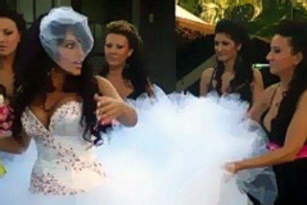 How my big fat Greek wedding went viral