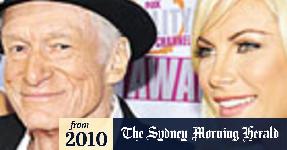 Hugh Hefner's Twin Ex-Girlfriends Mourn His Death | PEOPLE.com |Hugh Hefner Twin Girlfriends
