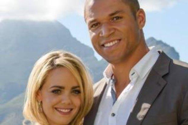 The Bachelor's Blake Garvey tells Louise Pillidge of his love in letter