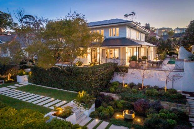 Simon和Kristen Rooney已经以超过1200万澳元的价格出售了他们的Mosman住宅。
