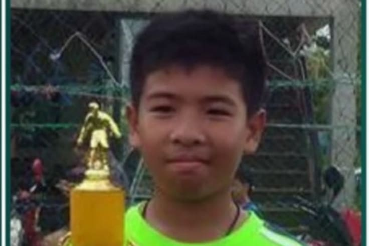 Akekarat Wongsookjan, known as Bill, is trapped in the Thai cave with the group.
