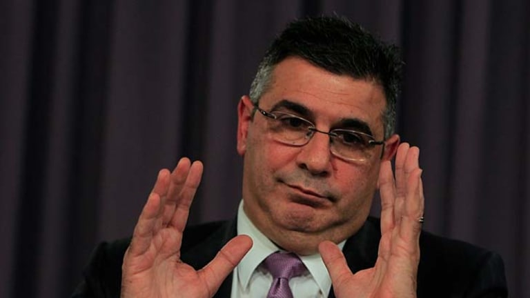 Since 2004, CEO Andrew Demetriou's pay has gone from $560,000 to $2,100,000 - an increase of 275%. Average player payments have gone from $184,656 to $226,165 - an increase of 22.5%.