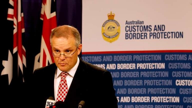 Refugee groups and the Greens have slammed the decision by Immigration Minister Scott Morrison to reintroduce the 'temporary humanitarian' visa.