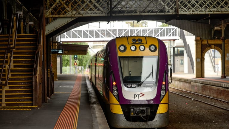 A Victorian rail group is calling for more than $1 billion of investment in the state's rail network.