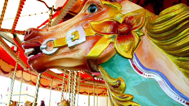Old-fashioned romance: take your date for a spin on Luna Park's carousel.