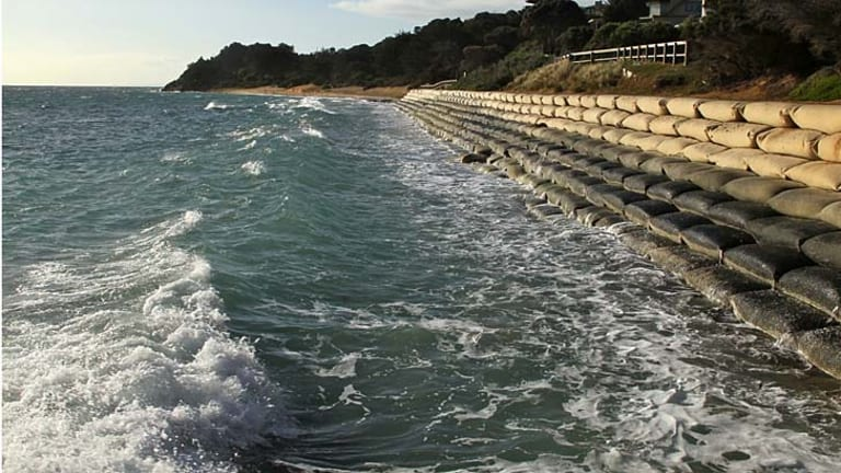 Looking from Portsea Pier towards the Portsea Hotel, where the beach used to be.