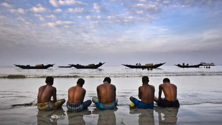 Rodney Dekker documents the aftermath of 2007's Cyclone Sid on Bangladesh in his exhibition <i>Tides of Resilience</i>, at East St Kilda's Obscura Gallery.