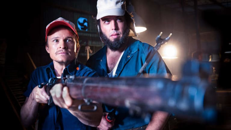 Lindsay Morgan (Angus Sampson) and Reg Morgan (Damon Herrimon) in <i>100 Bloody Acres</i>.
