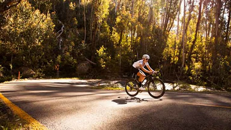 Sarah Hammond pictured during her 'everesting' ascent of Mount Buffalo in February.
