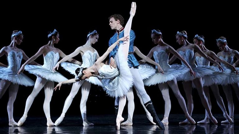 Dynamic duo … the strong partnership of Amber Scott and Adam Bull is among many notable performances in the Australian Ballet's new <em>Swan Lake</em>.