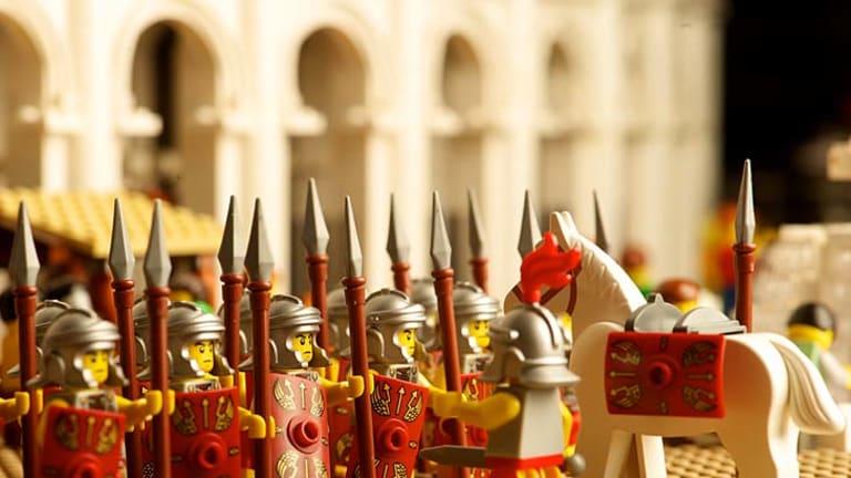Legionaries of the Lego Colosseum.