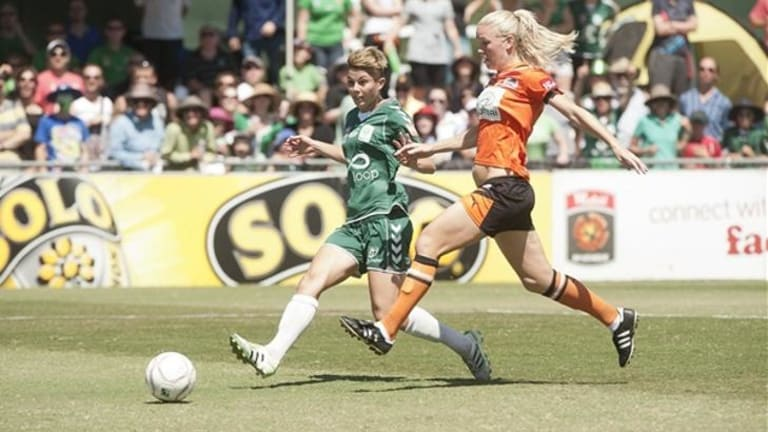 United defeat Roar 3-2 in thrilling W-League final