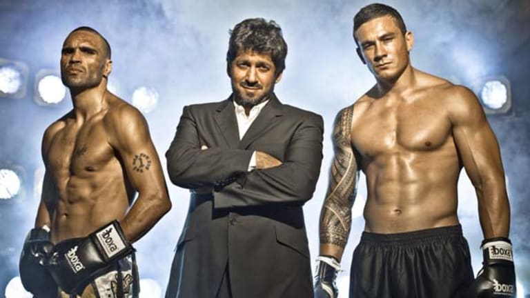 Sealed with a handshake ... Khoder Nasser, centre, doesn't have a contract with either of his two major clients, Anthony Mundine, left, and Sonny Bill Williams.