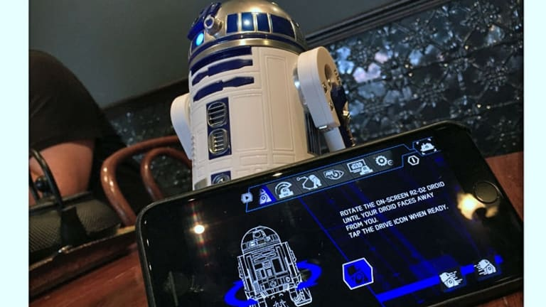 The updated Sphero Star Wars app can control all three droids.