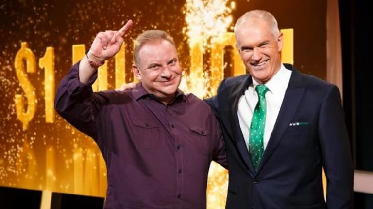 Record-breaker: <i>Million Dollar Minute</i> jackpot winner Andrew Skarbek, who won $1,016,000, with host Simon Reeve.