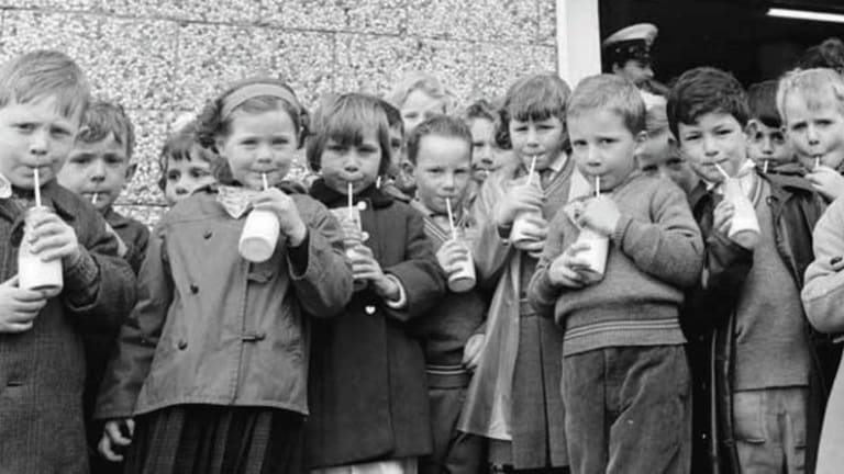 Memories of schooldays seem to be as much about what went on outside the classroom as in, according to an oral history project from the University of Melbourne.