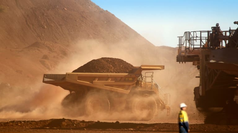 Mineral Resources has pulled out of the race for struggling junior miner Atlas Iron.