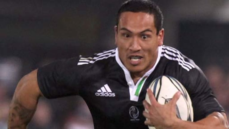 A handful . . . Hosea Gear was unstoppable for the NZ Maori during their centenary celebrations in June.