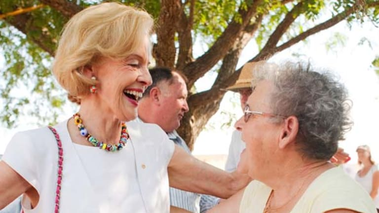 The Governor-General, Quentin Bryce, visited victims of the recent Queensland floods and volunteers who are helping them.