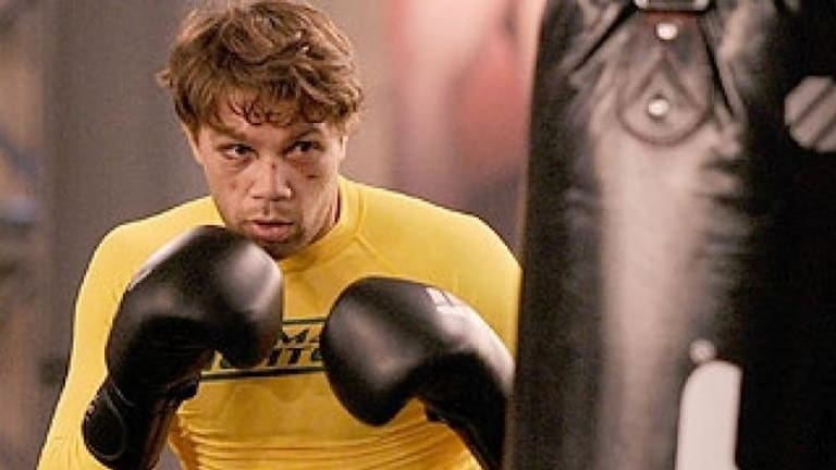 Perth MMA fighter, Chris Indich