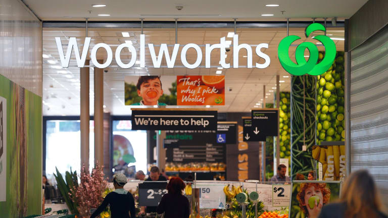 Woolworths' turnaround plan for its supermarkets is still battling to produce positive sales growth.