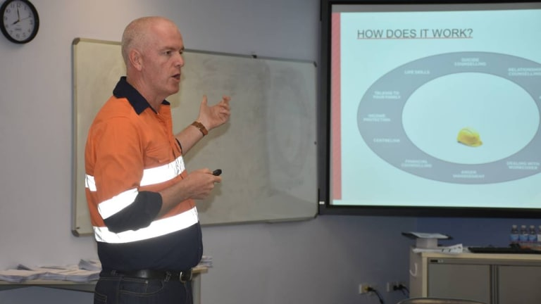 Andrew McMahon, project manager for Mates in Mining, speaking to members of a NSW mine last month.
