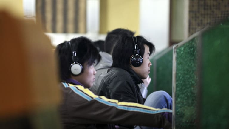 Chinese internet users were unable to access a number of websites ending in the .cn suffix.