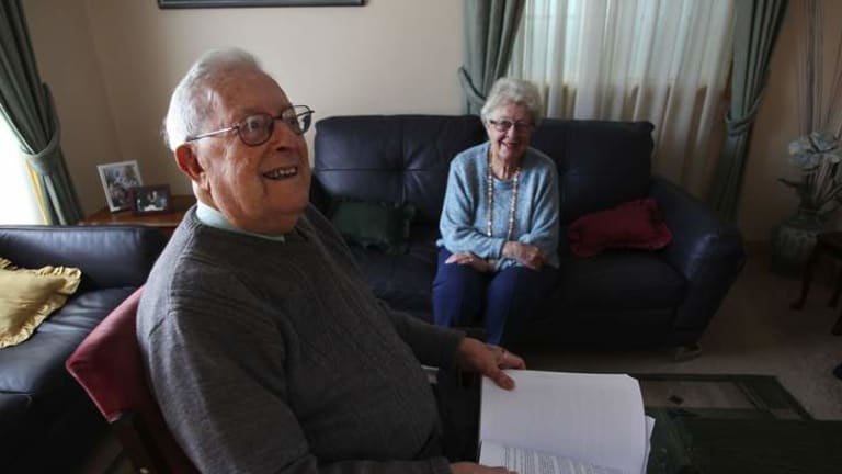 Labor stalwart Arthur Gietzelt and his wife Dawn at their  Caringbah home in 2011.