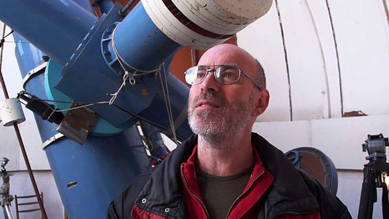 Astronomer Rob McNaught.