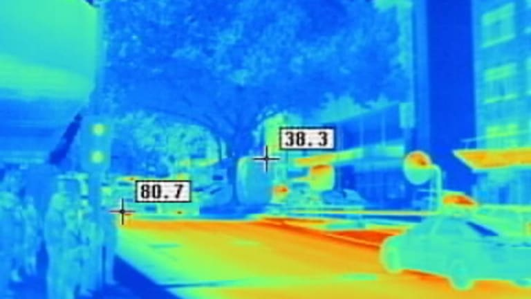 A thermal image at the corner of Russell and Bourke streets, Melbourne, between 3-4pm on December 8, 2011, when the day's top temperature was 32.4. Numbers on this photo indicate degrees celcius.