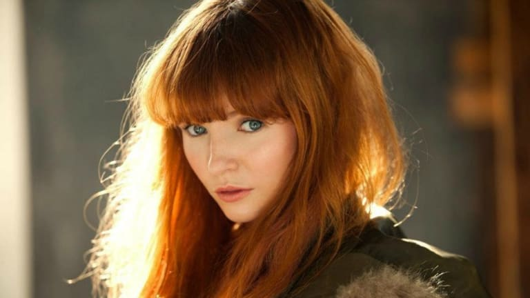 Canberra born actress Stef Dawson has been cast in two of the upcoming The Hunger Games films.