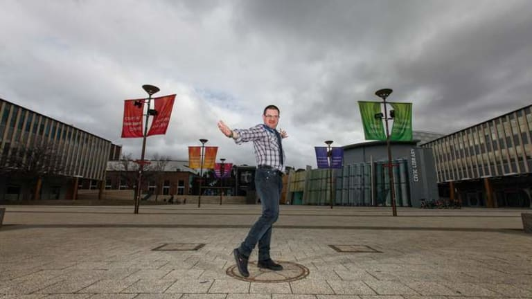 Jorian Gardiner has been reappointed creative director for the Canberra Fringe Festival.