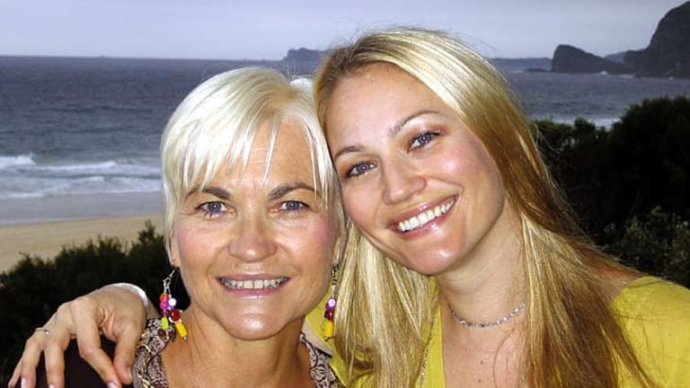 Author Helen Cummings with her daughter, actress Sarah Wynter.